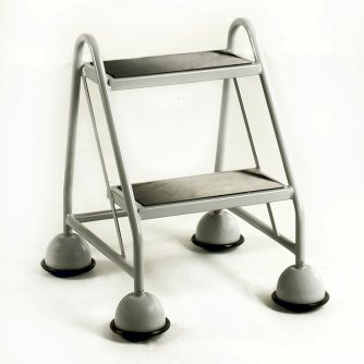 British 2 Tread Mobile Steps No Handrail Anti-Slip Treads